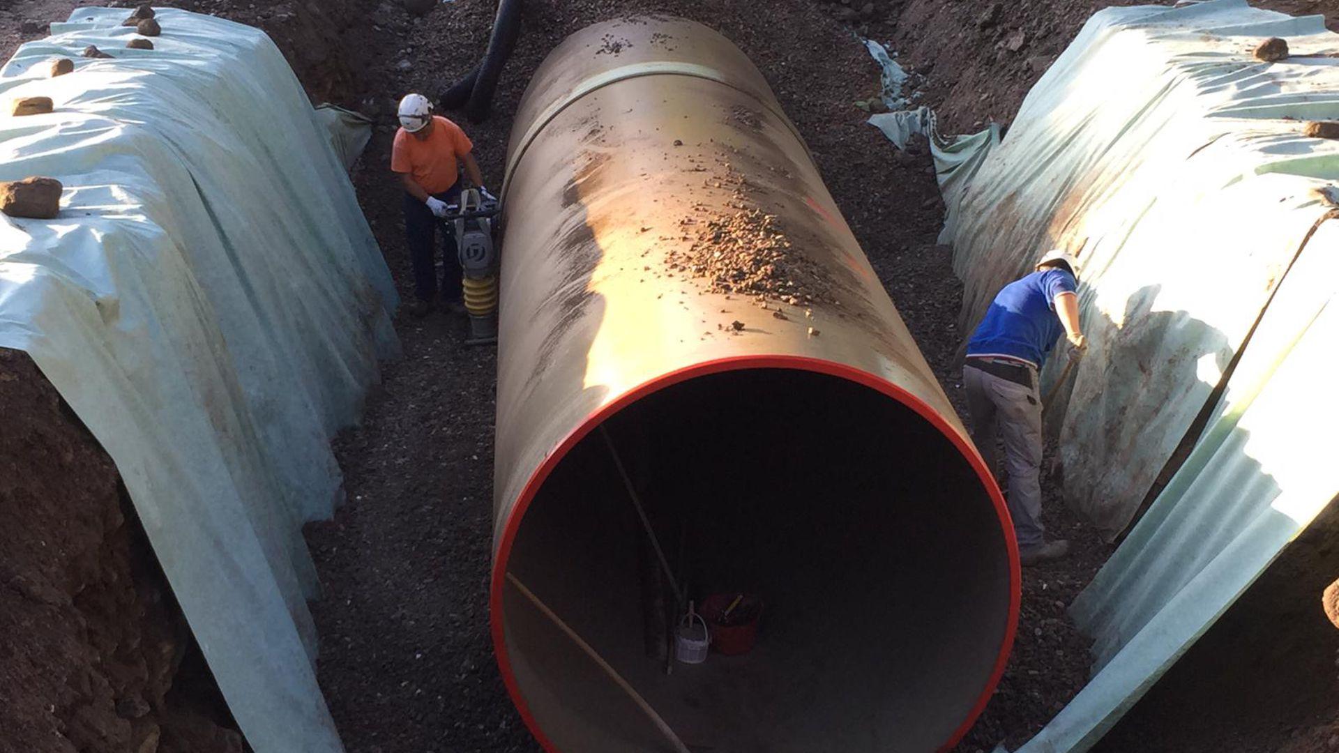 Proseguono i lavori di posa delle tubazioni ad Angolo Terme